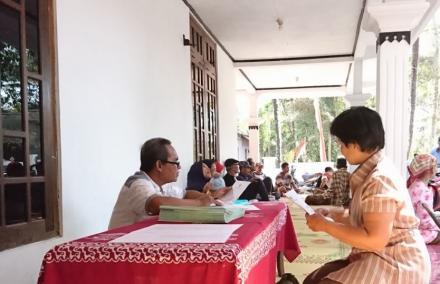 Pembagian Sertifikat PTSL Dusun Ngentak